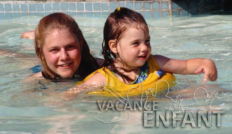Sortie piscine pour cette petite fille